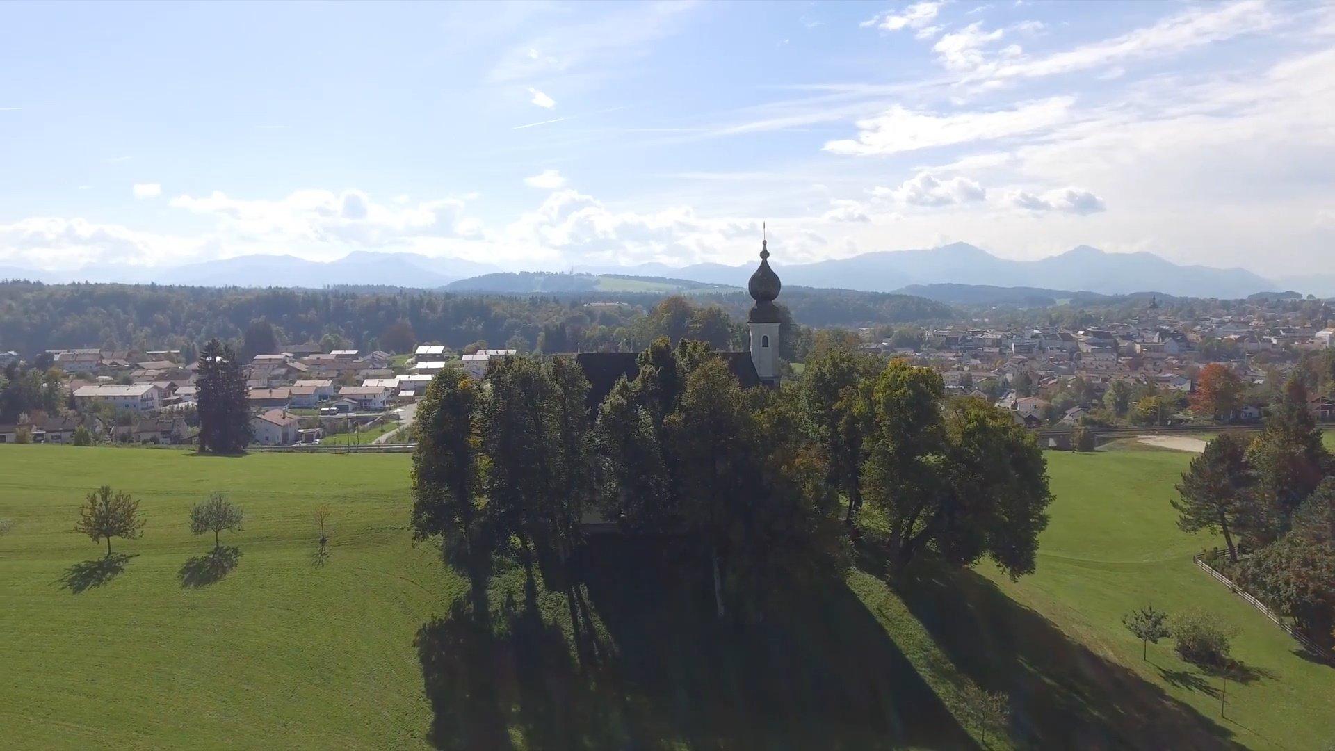 Surberg Chiemsee-Chiemgau Drohnenaufnahme