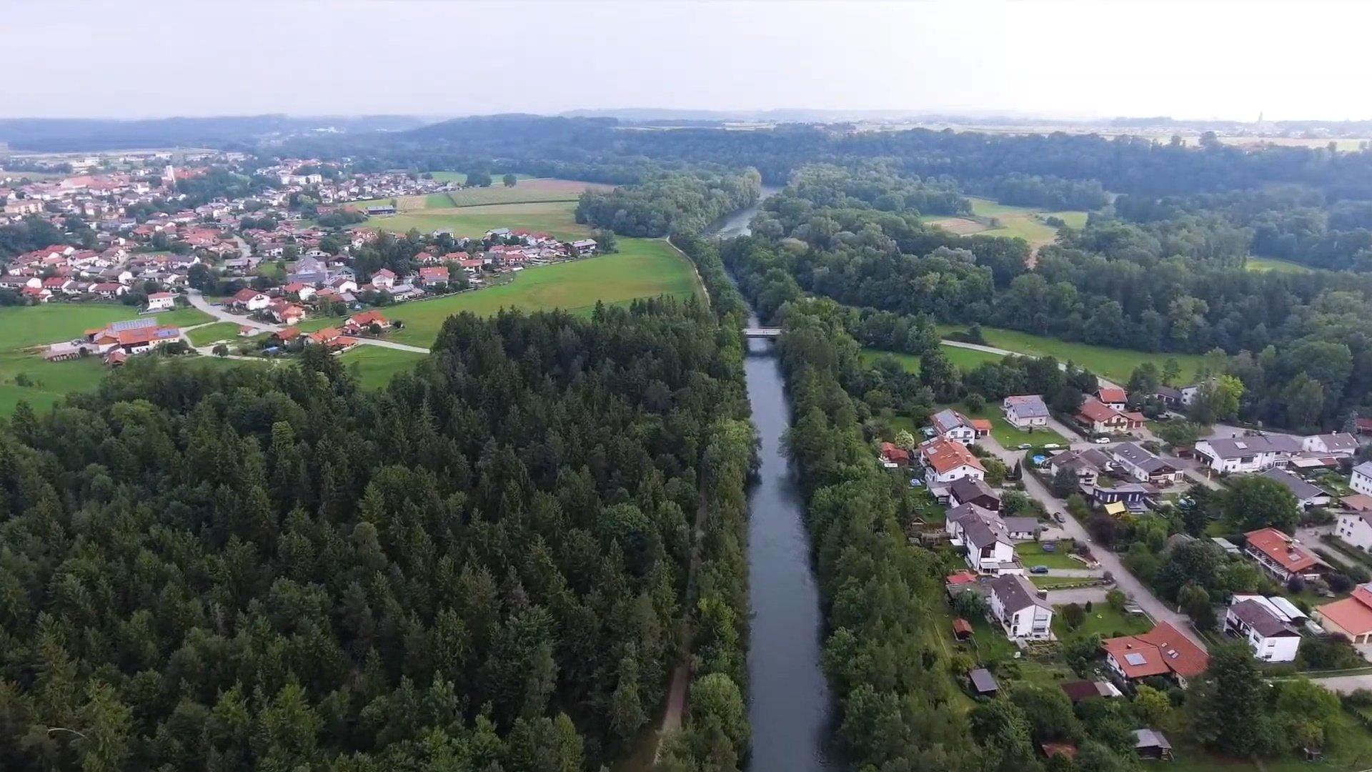 Tacherting Chiemsee-Chiemgau Drohnenaufnahme