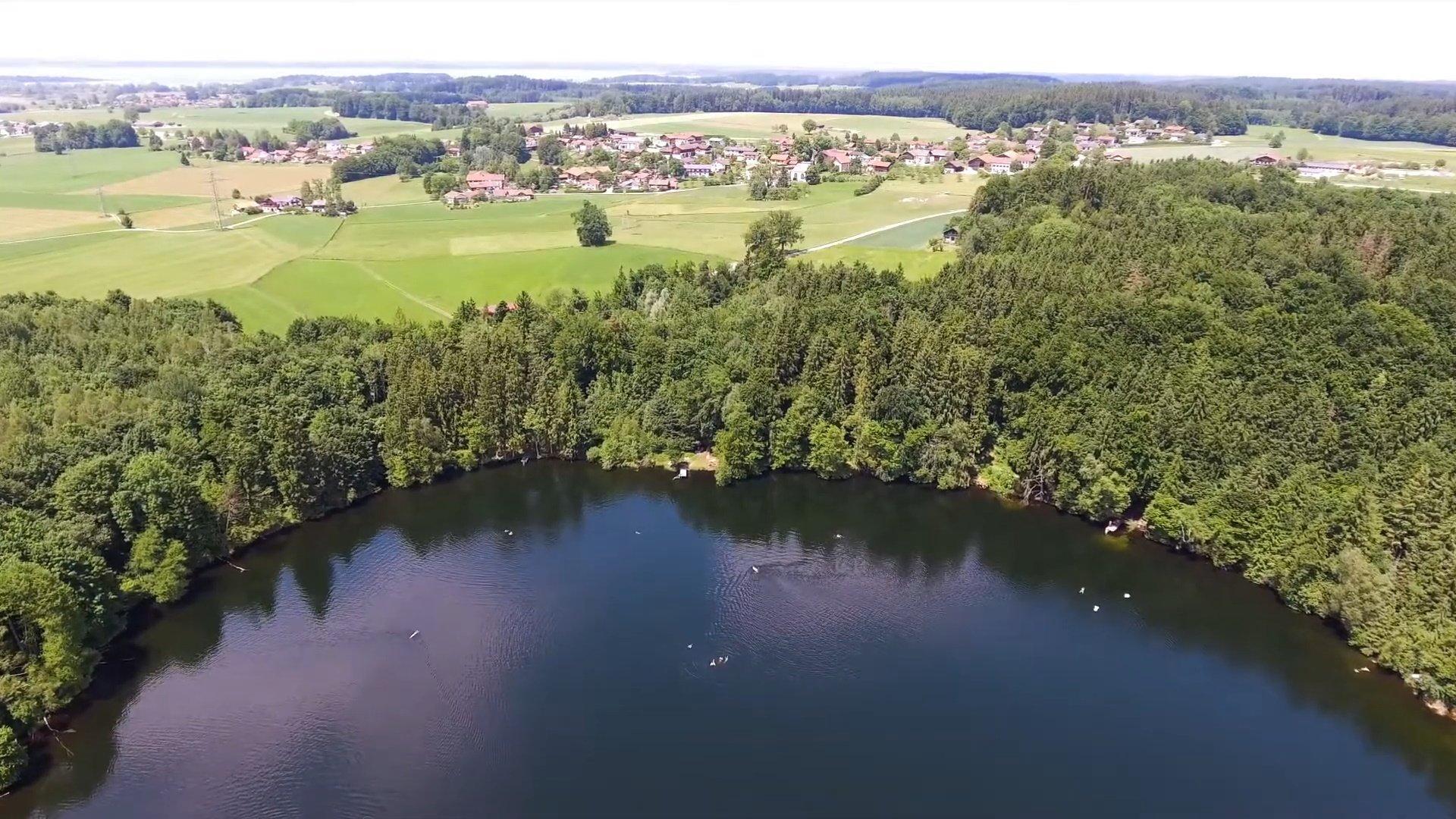 Grabenstätt Chiemsee-Chiemgau Drohnenaufnahme